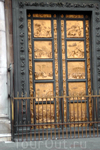 Южные врата баптистерия. Флоренция без туристов прекрасна вдвойне! Снимки сделаны ранним утром от 8-ми до 9-ти часов утра.