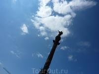 Барселона. Памятник Колумбу.