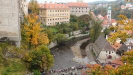 Крумлов (были в выходной-там по реке сплавлялись чехи на байдарках)