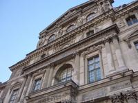 Musée du Louvre Лувр побольше эрмитажа - но цвет совсем серый такой унылый. Зимний дворец намного ярче.
