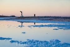 Рассвет на соленом озере Шотт-эль-Джерид