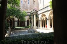 Атриум Доминиканского монастыря