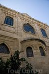 Собор Святого Тита, Ираклион. Собор освящён в честь святого покровителя Крита — апостола Тита, который в I веке проповедовал на острове христианство.