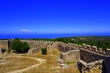крепость в Кастро