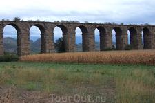 акведук, ведущий в Аспендос.