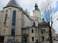 очень величественно- латинский кафедральный собор