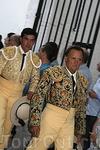 У заслуженных ветеранов корриды шрамы не видны под роскошными костюмами