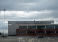 А вот и сам аэропорт острова Мадейра