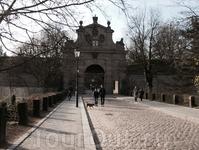 Леопольдовы ворота в Вышеграде
