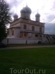 Древняя новгородская церковь