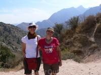 Горы Чимган. Готовимся подняться на перевал Песчаный