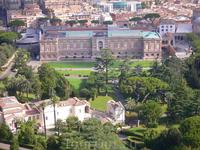 Вид с купола собора святого Петра