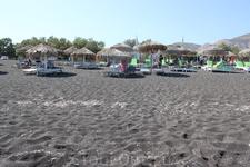 Пляж  в г. Фирра на острове Санторини