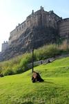 Вот такая красота стоит посреди Эдинбурга!