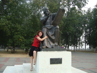 Памятник А.Рублёву.