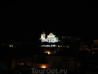вид на ночной Лиссабон