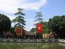 Во дворе храма Ван Мьеу