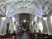 Со временем церковь и монастырь разрушались, а находящийся по соседству Прадо разрастался. И в 1998 году была достигнута договоренность согласно которой ...