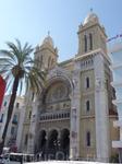 Католический собор Сен Венсан де Поль в столице Туниса Тунисе.Собор находится на главной улице Туниса - проспекте Хабиба Бургибы.