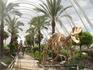 рядом с океанографическим центром а-ля музей динозавров