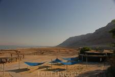 Здесь видно как уходит Мертвое море