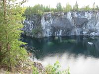 Рускеала. Мраморный карьер. За 60 лет (с 1769 по 1830 год) в карьерах Рускеала было добыто 200 тысяч тонн прекрасного камня.