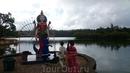 Потом мы поехали на священное индуистское озеро.