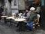 Уличные кафе приглашают утолить голод и скоротать свободное время.