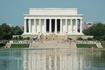 Вид на Линкольн Мемориал.