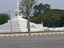Ступа в честь погибших воинов Лаоса