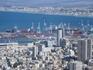 Это Хайфа. Уникальный город, напоминающий людям, что каждый сантиметр в пустыне можно можно превратить в оазис благополучия.
