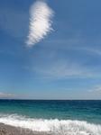 Просто облачко над морем. Но как красиво!