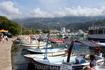 На набережной Будвы можно арендовать катер вместе с водителем и прокатиться вдоль побережья.