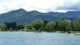 Здесь и далее - берега озера Тегернзее