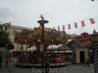 Перпиньян. Главная площадь, где выступает мэр города