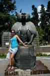 Памятник обезьяне в Сухуме