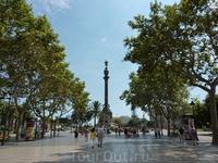 Барселона.Рамбла.Вид на памятник Колумбу.