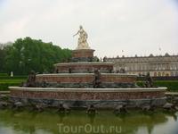 Фонтан Латоны - оригинал стоит в версальском парке