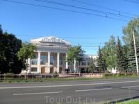 """Дворец культуры """"Авиатор"""" (1937 год, Корнфельд) является одним из культурных центров Рыбинска"""