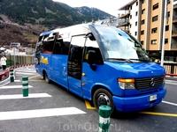 автобусы L5 и L6 везли на курорта Ла Массана от нашего отеля 7 мин пешком до остановки
