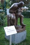 скульптура гончара в центре города