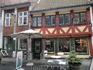 В городе много небольших магазинчиков, мастерских, антикварных лавок и, конечно же, кафе.