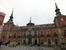 Дворец Санта-Крус (Palacio de Santa Cruz) на Plaza de Provincia строился с 1620 по 1640 гг. Название «Дворец святого Креста» здание получило в 1767 году. В 1846 году случился пожар. Дворец был основат