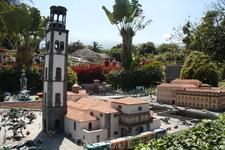 парк миниатюр собрал самые знаменитые здания не только Тенерифе