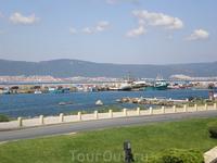 Вид на Пристань и Солнечный берег со Старого Несебра.