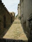 узкие улочки старого города со своей вековой историей
