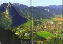 Обераммергау находится в самом большом природном заповеднике Германии,в долине Аммер и гора Кофель(1342м) и Лабер(1700м).