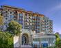 Вот парадный вход отеля Excelsior Palace во всём своём великолепии!!!