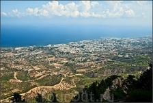 Внизу Кериния . турецкий берег