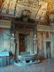 Салон Фонтана - это парадный зал дворца кардинала Ипполито